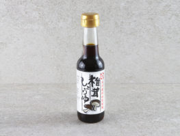 Bouteille de sauce soja au champignon shitake